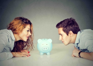dividing money in the piggy bank during divorce