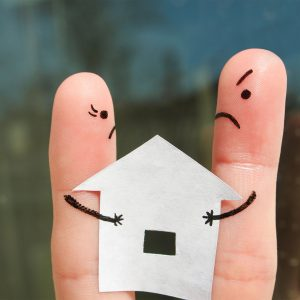 What Happens to the House During a Divorce in Arizona?